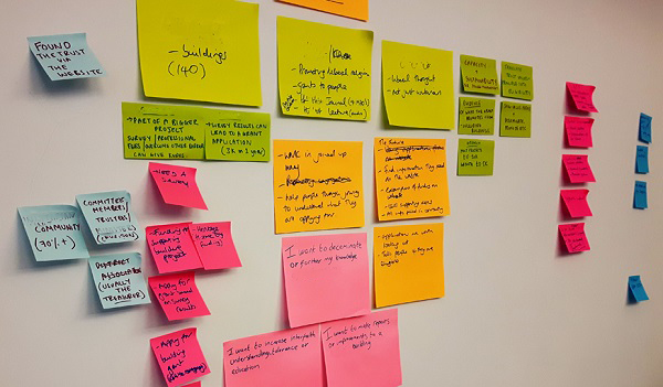 colourful post-its used in content planning