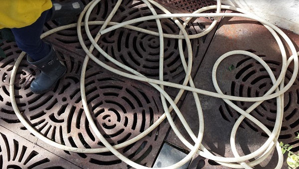 chaotic hose pipe, swirling patter